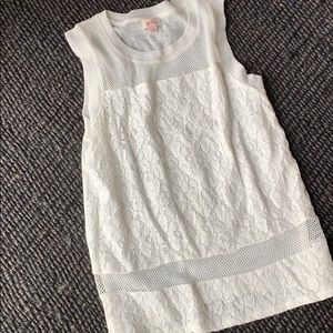 White lace/mesh sleeveless top